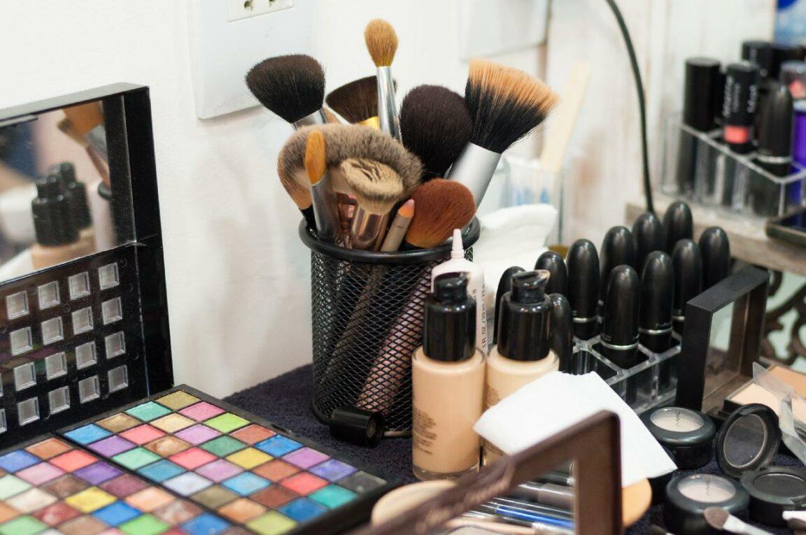 Cómo la tecnología está cambiando la forma en que compramos cosméticos