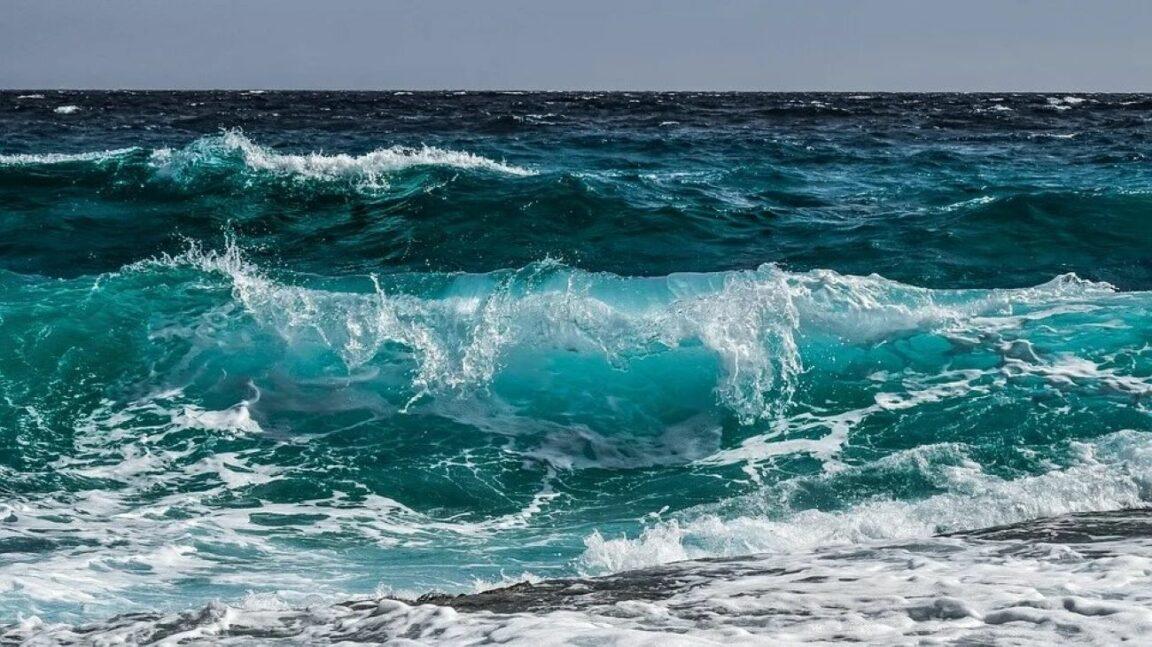 Mar, la fuente sin explotar más grande del mundo: un concentrado de energía entre olas, viento y sol