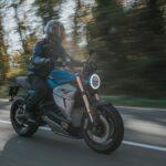 Motocicleta eléctrica italiana del valle del motor