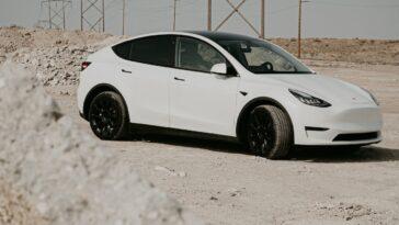 Tesla ahora puede vender sus SUV hechos en China
