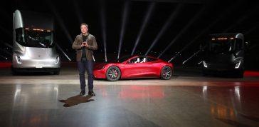 Con bitcoin puedes comprar Teslas: las palabras de Elon Musk