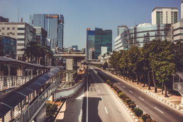 Inversores extranjeros listos para adquirir bancos digitales de Indonesia