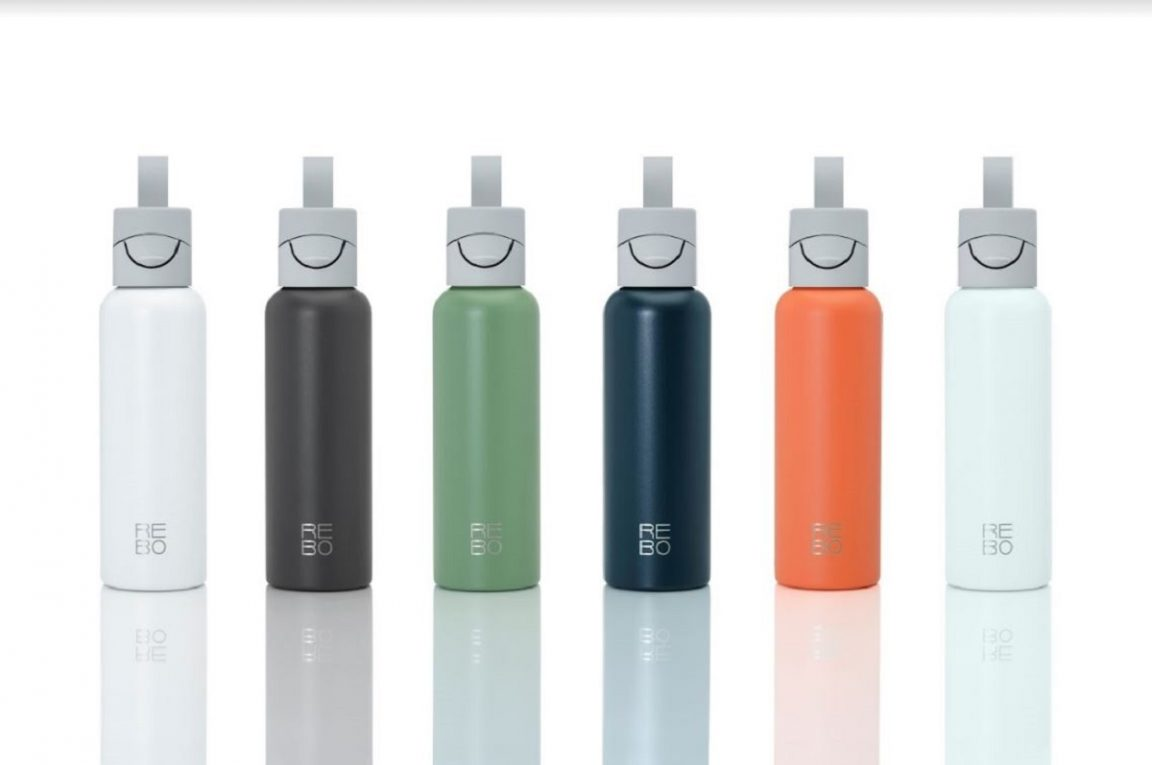 REBO la primera botella reutilizable que limpia el planeta
